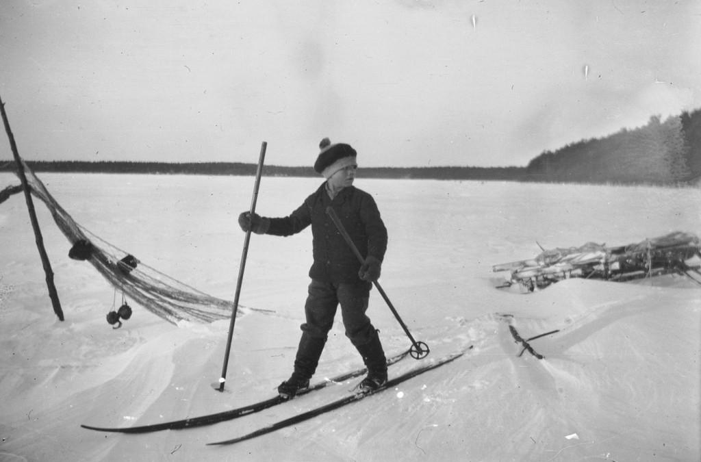 Lyly, kalhu ja sivakka – hiihto suomalaisessa kansanperinteessä