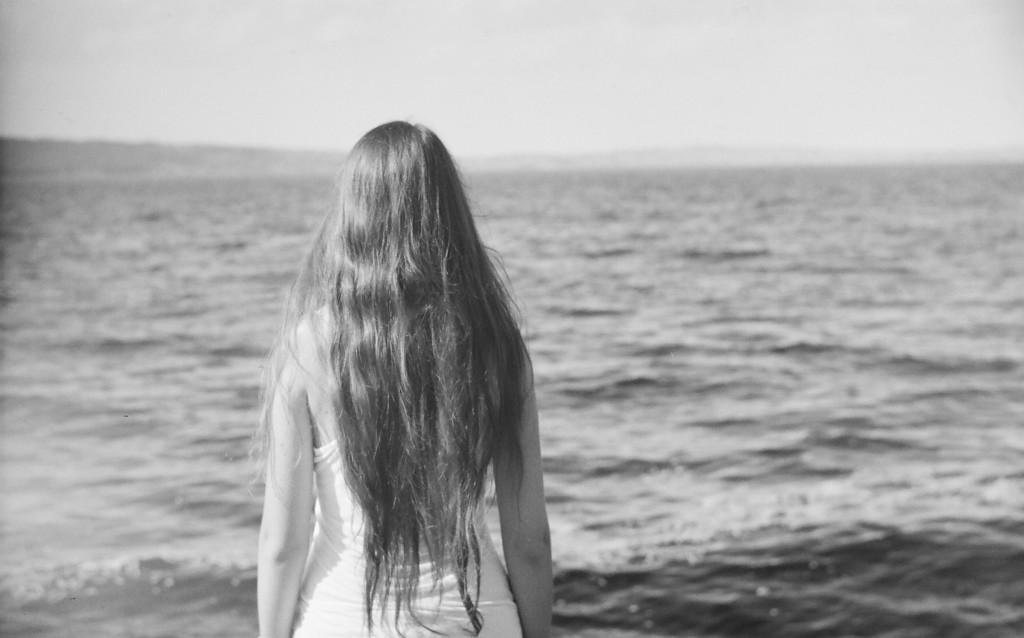 Pitkätukkia ja lemmennostatuksia – hiukset kansanperinteessä