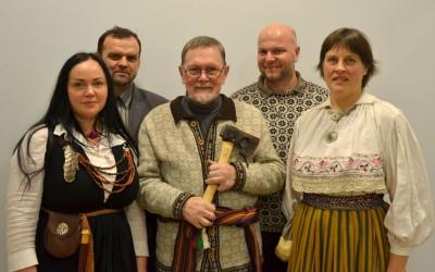 Ohjaaja Rein Maran palkittiin Virossa hiisielokuvistaan