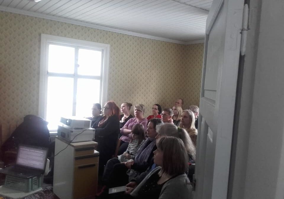 Pihapiiriin liittyvä uskomusperinne kiinnosti Tampereella
